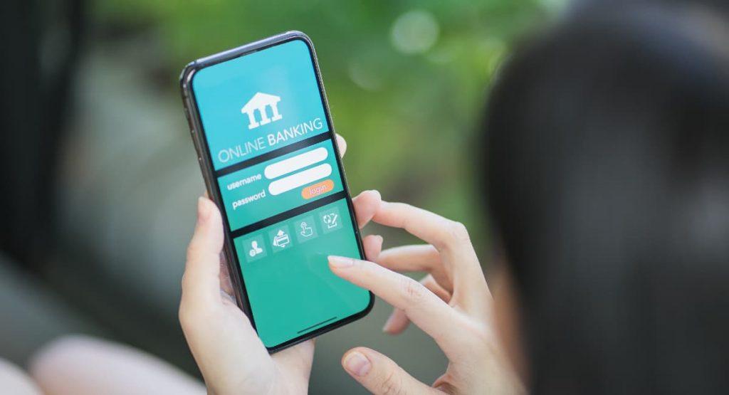 Néobanque : application bancaire pour les smartphone et tablette . Possibilité d'ouvrir un compte facilement avec carte bancaire .